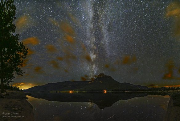 MilkyWay_WellingtonLake_reflections_wm